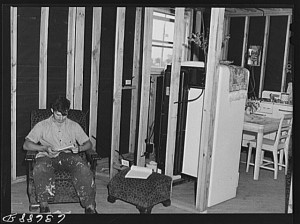 Living in a roughed-in house, August 1941. Photograph by John Vachon. Library of Congress, LC-USF34-063688-D (b&w film neg.).